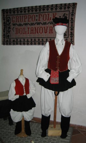 "Gruppo Folk ""Città di Dolianova"" - costume maschile"